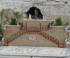 Marsa - waħda mill-aktar niċeċ devoti llum