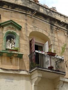 Msida - niċeċ antiki li jsebbħu l-faċċati tad-djar tagħna