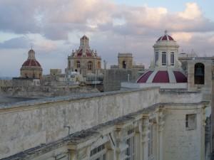 L-inħawi tal-madwar minn fuq il-bejt