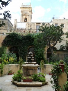 Il-kjostru tal-Kunvent Santu Wistin Rabat Għawdex