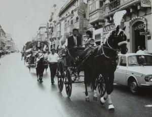 Alfred isuq il-wiginet akkumpanjat mill-parteċipanti ta' Miss Malta