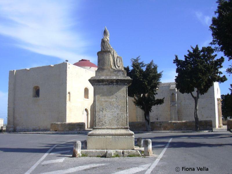 Figura 1. Il-parrocca l-antika ddedikata lil Santa Katarina, llum maghrufa bhala Ta' San Girgor, fiz-Zejtun..JPG