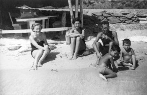 Silvetti with her husband and family having fun on Asinara's beach (Photo courtesy Gian Piero Silvetti)